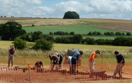 The team working hard on trench 4 within the West Kennet Avenue